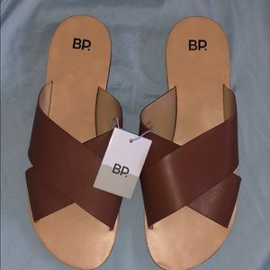 e0f66630d Nordstrom Shoes - ❗️NWT ❗️Nordstrom BP. Twist Cognac Slide Sandals